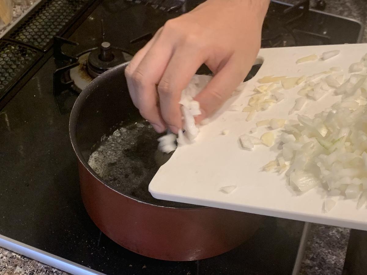 バターを溶かして、、